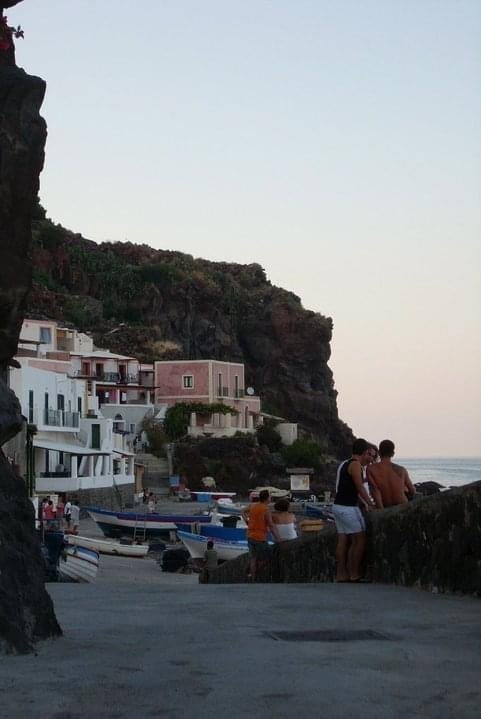 Isola di Filicudi - Come arrivare a Filicudi - viaggio ...